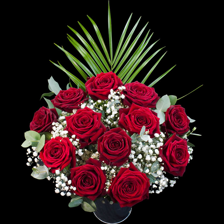 An example of a Bouquet of 12 Luxury Red and Pink Roses